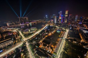 1280px-1_singapore_f1_night_race_2012_city_skyline